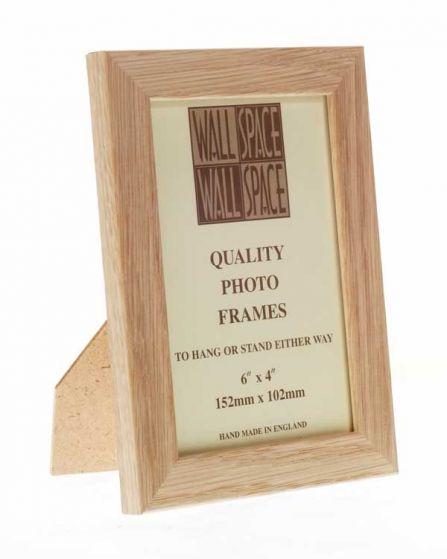 "6"" x 4"" Photo Frame in Solid Oak"