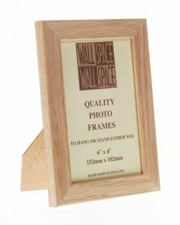 "6"" x 4"" Photo Frame in Solid Oak"