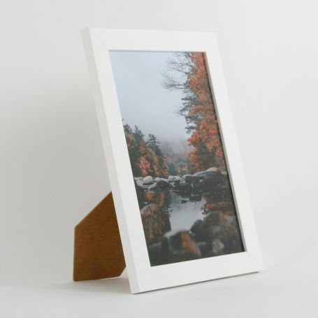 10 x 7 - 25mm Smooth Matt White Photo Frames